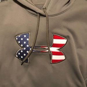 Under Armour Tops - Under Armour Cold Gear Hoodie